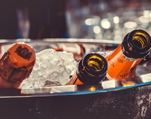 champagne lacave glace