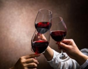 vin rouge lacave trinquer